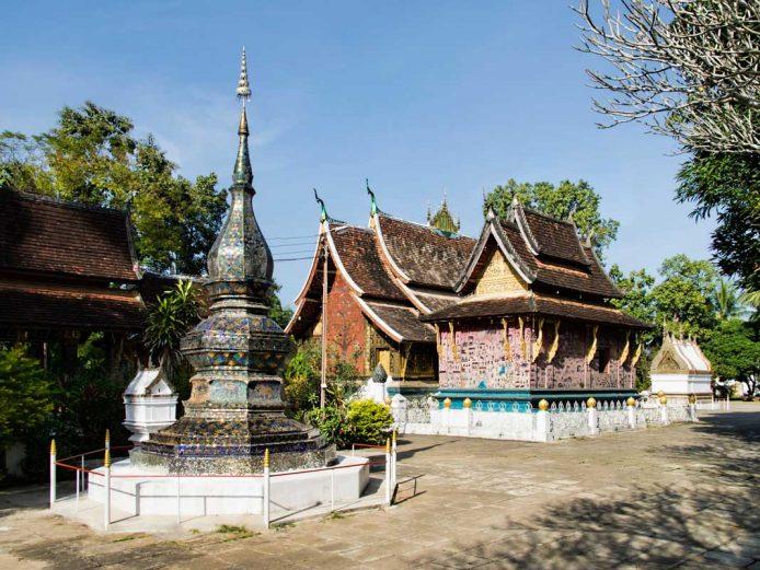 Visitar la Capilla Roja del Wat Xieng Thong
