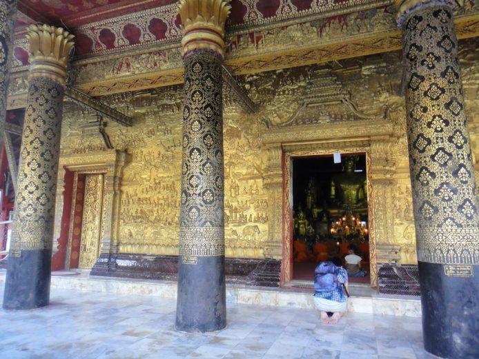 Wat Mai Suwannaphuma