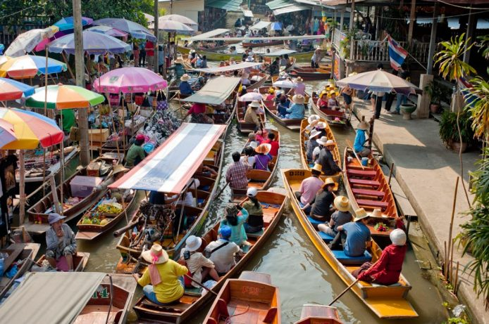 Ver el mercado flotante Damnoen Saduak Bangkok