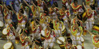 Conocer un escuela de Samba en Rio de Janeiro