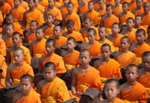 Cosas que hacer y no hacer en un templo budista