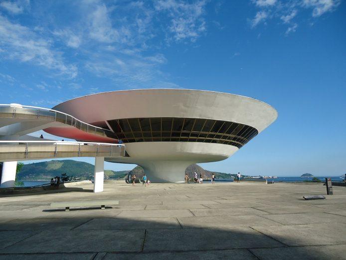 Visitar el Museo de Arte Niterói en Rio de Janeiro