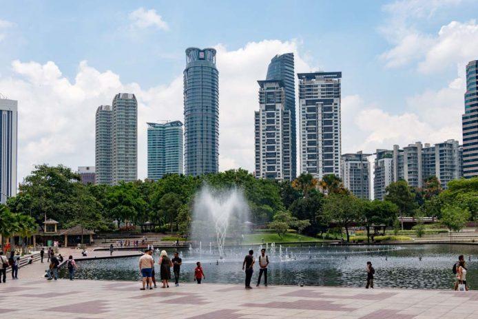 Visitar el KLCC parque de Kuala Lumpur