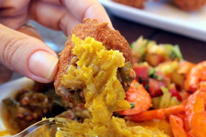 Acarajé, comida típica de Salvador de Bahia