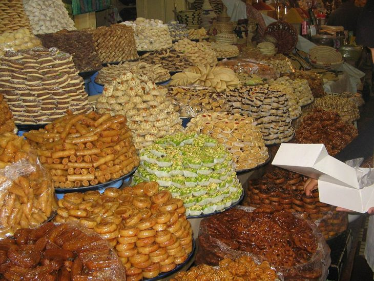 Probar los dulces árabes de Marrakesh