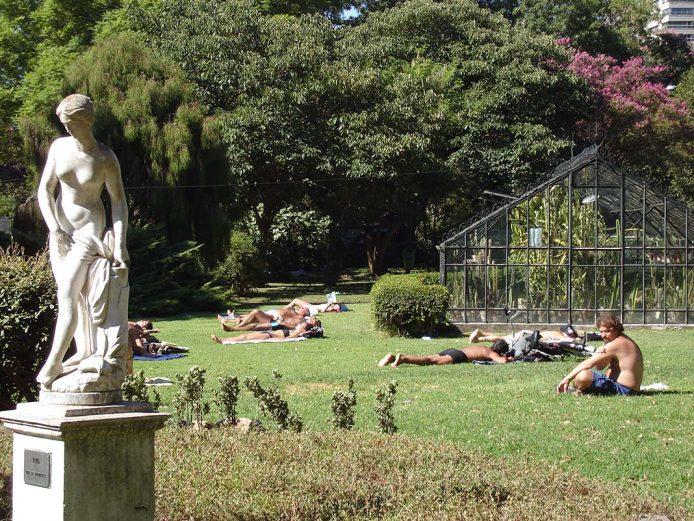 Relajarse en el Jardín Botánico de Buenos Aires