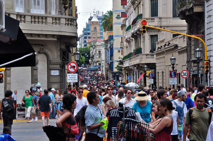 Ir de compras al Mercado de San Telmo de Buenos Aires