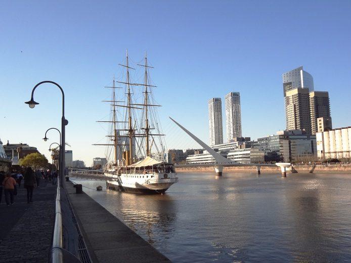 Visita el Puerto Madero de Buenos Aires
