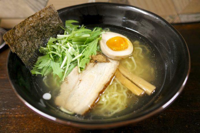 Prueba el ramen clásico en Tokio