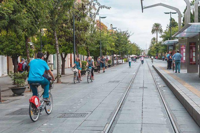Pasear por Sevilla en bici