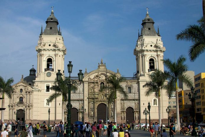 Visitar en Lima su Catedral