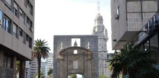 Puesta de la Ciudadela en Montevideo