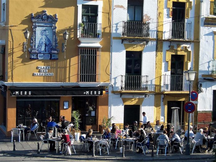 Locales de Sevilla