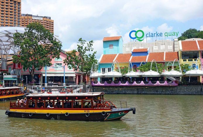 Crucero por Clarke Quay en Singapur
