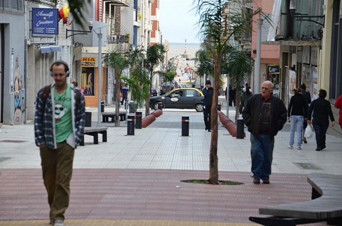 Conoce la Peatonal Sarandí en Montevideo