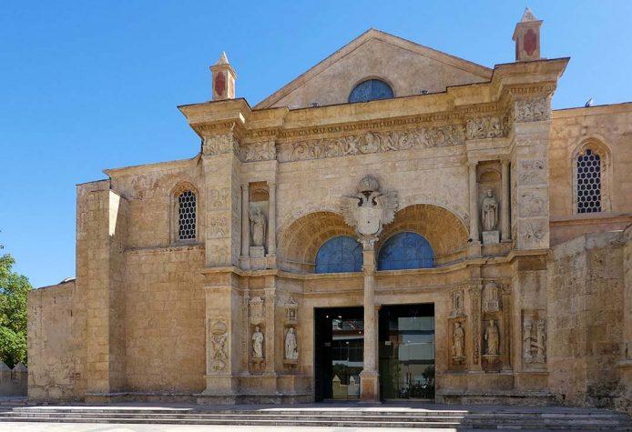 Visitar la catedral de Santo Domingo