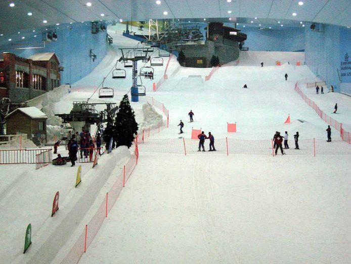 Ski Dubay, esquiar en el desierto