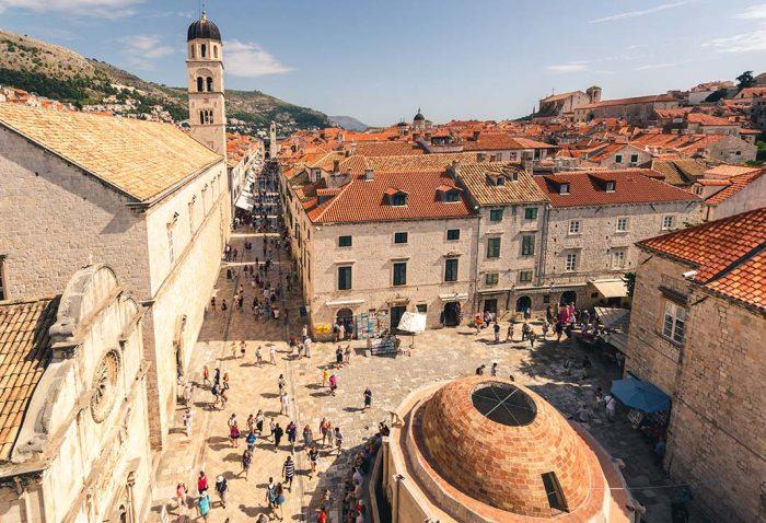 Visitar el casco antiguo de Dubrovnik, Stradun