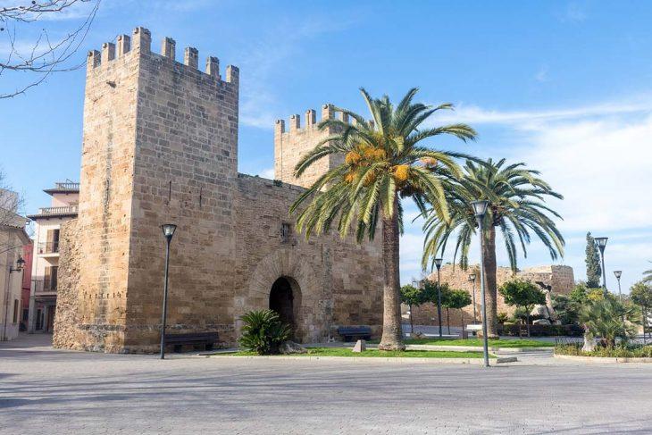 Dormir el Puerto de Alcudia en Mallorca