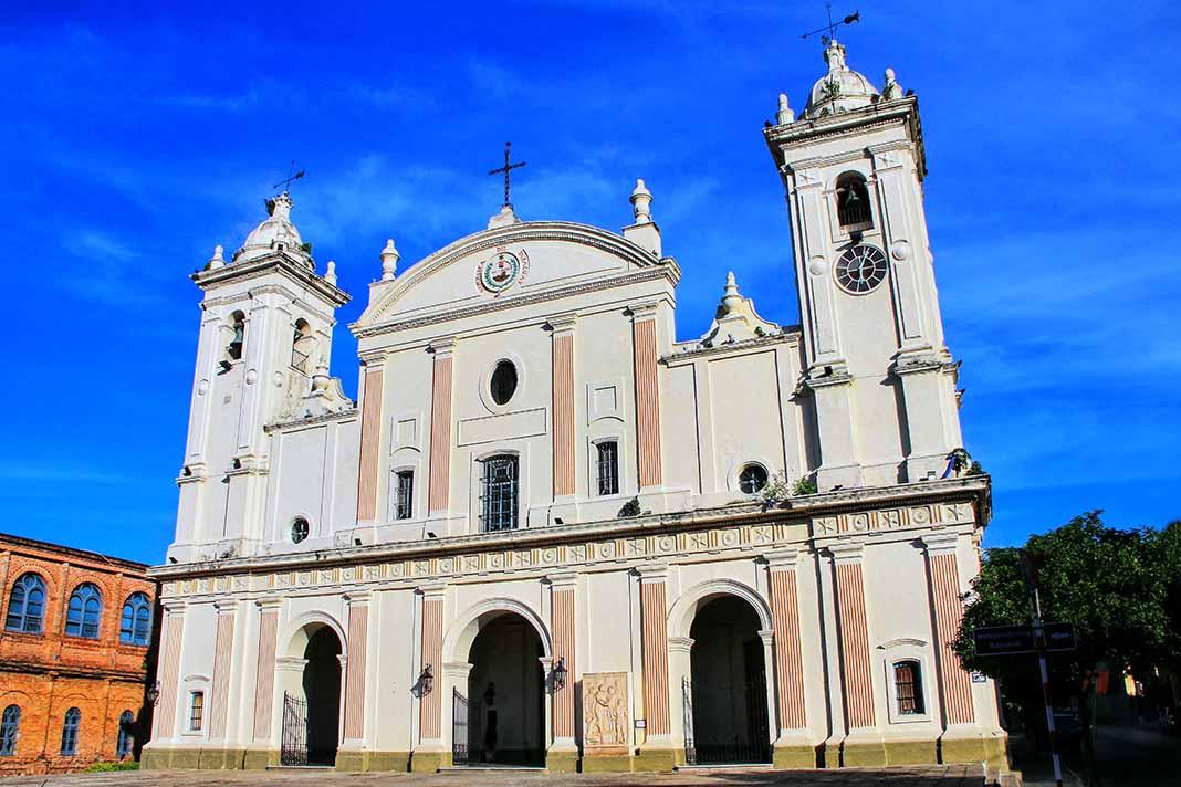 Visita la Catedral Nuestra Señora de Asunción, Paraguay
