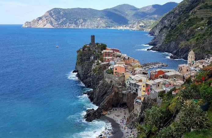 Visitar en Cinque Terre el castillo de los Doria y Beforte
