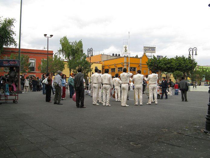Ver mariachis en la Plaza Garibaldi de Ciudad de México