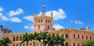 Acercarse al Palacio López en Asunción, Paraguay