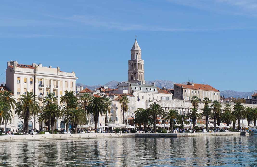 Pasear por La Riva de Split, Croacia