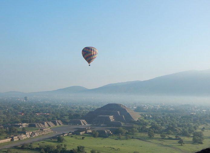 Visita las pirámides de Teotihuacan en México