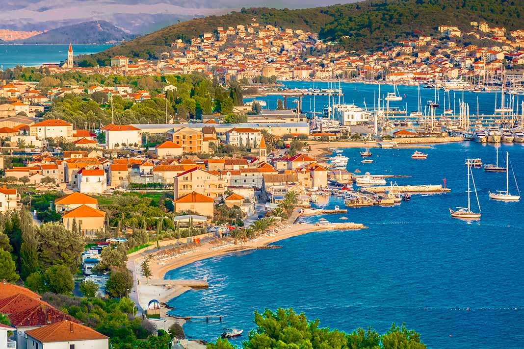 Pasear por la población de Trogir