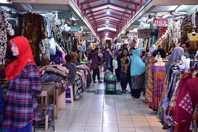 Beringharjo mercado en Yogiakarta, Java