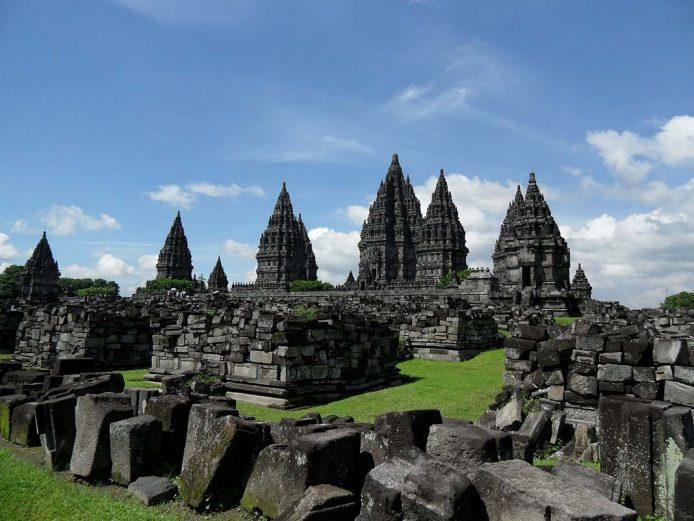 Visitar el templo budista: Prambanan en Yogiakarta, Java