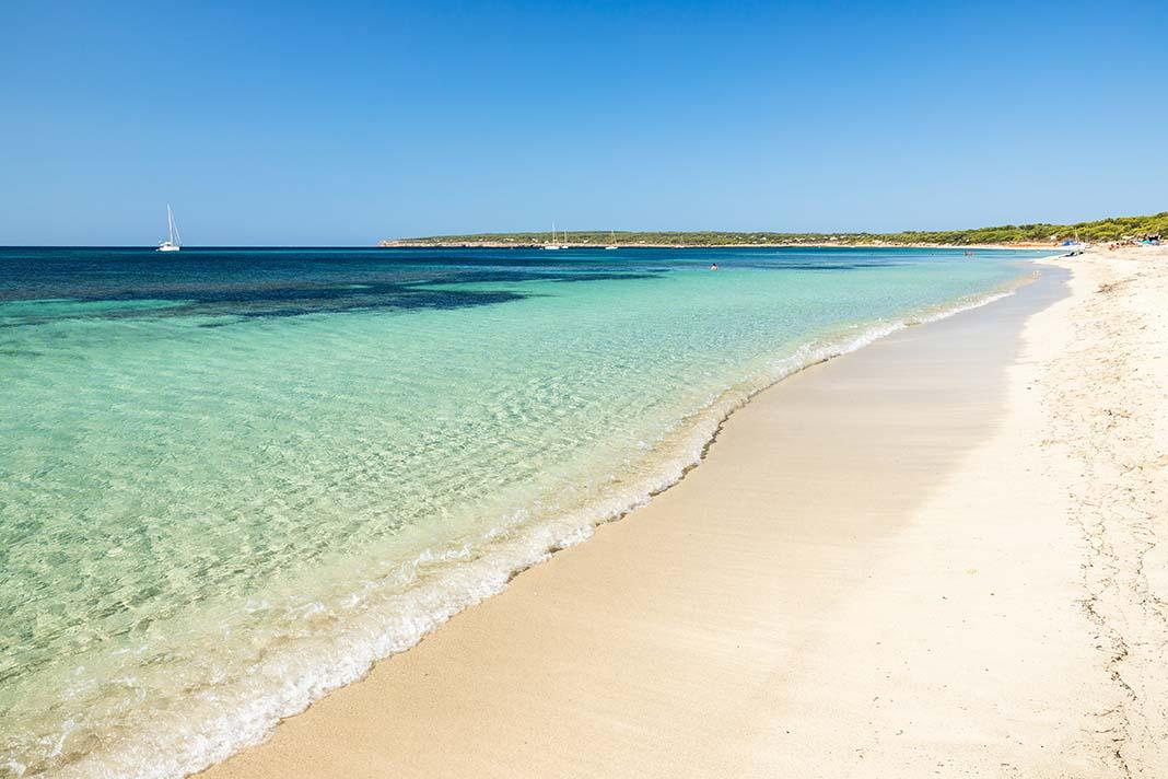 Alojarse en Playa de Migjorn,Formentera