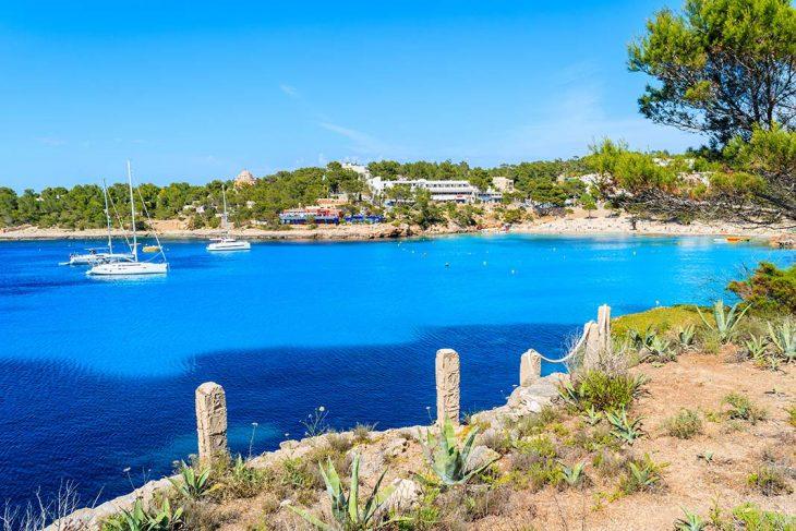 Portinatx, ideal para hospedarse en Ibiza en pareja