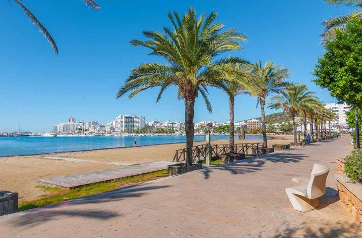 Hospedarse en Ibiza en San Antonio de Portmany