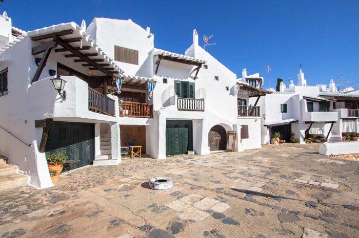 Alojarse en Binibeca, Menorca