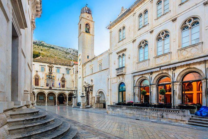 Visita el palacio de Sponza en Dubrovnik