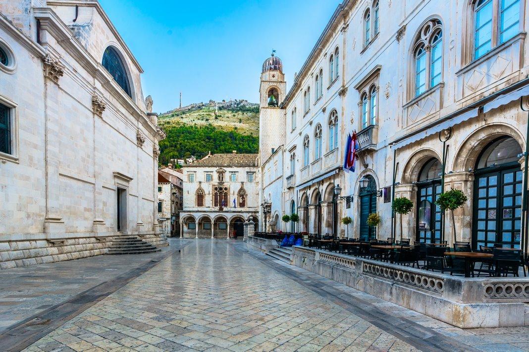 Plaza de la Loggia en Dubrovnik