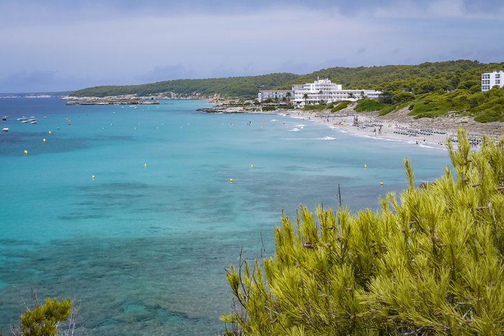 Hospedarse en Santo Tomás, Menorca