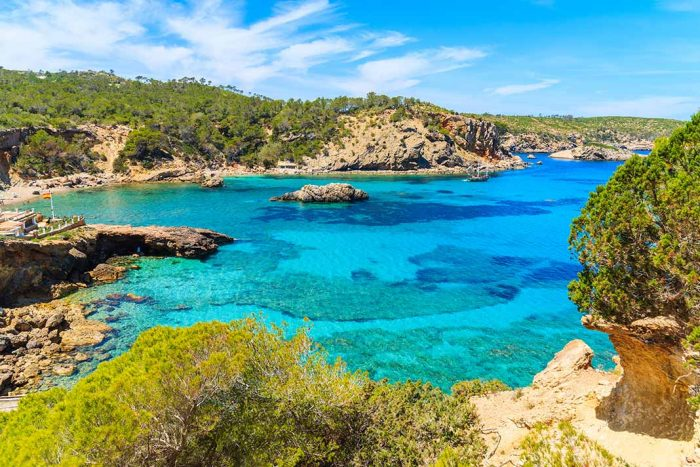 Bañarse en Cala Xarraca, Ibiza
