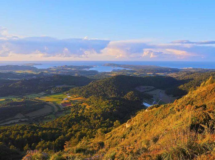 Subir a Monte Toro, Menorca
