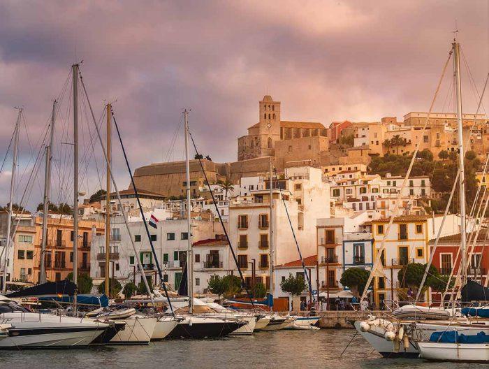 Comprar en el puerto de Ibiza