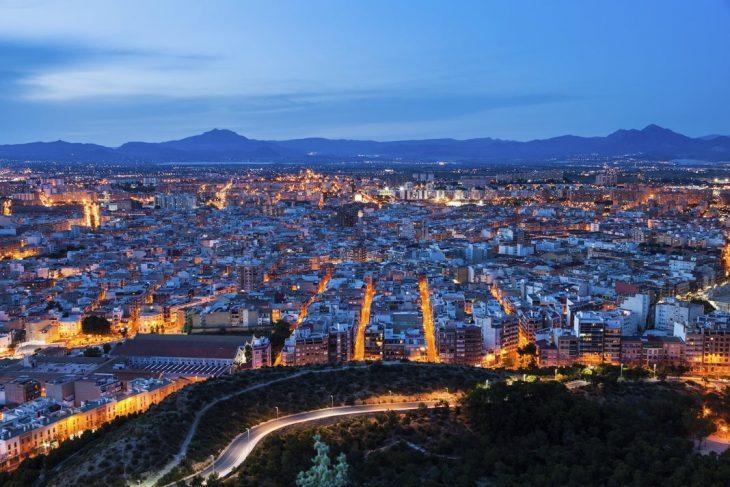 Las mejores zonas dónde alojarse en Alicante: Centro Moderno