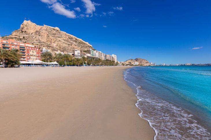 Dónde dormir en Alicante: Playa del Postiguet