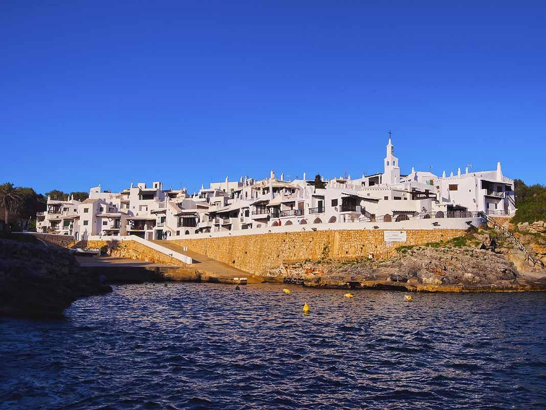 Visitar Binibeca Vell en Menorca