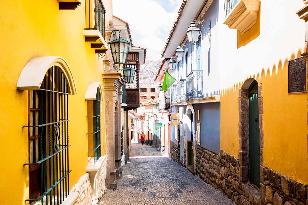 Pasear por la Calle Jaen de La Paz
