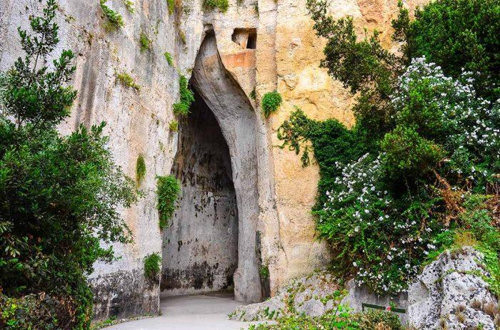 Visitar el recinto arqueológico del Parque Neápolis de Sicilia