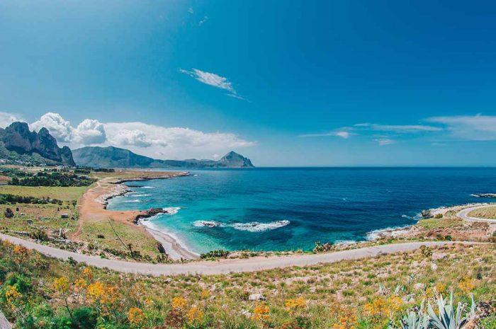 Bañarse en increíbles y paradisíacas playas y calas en Sicilia