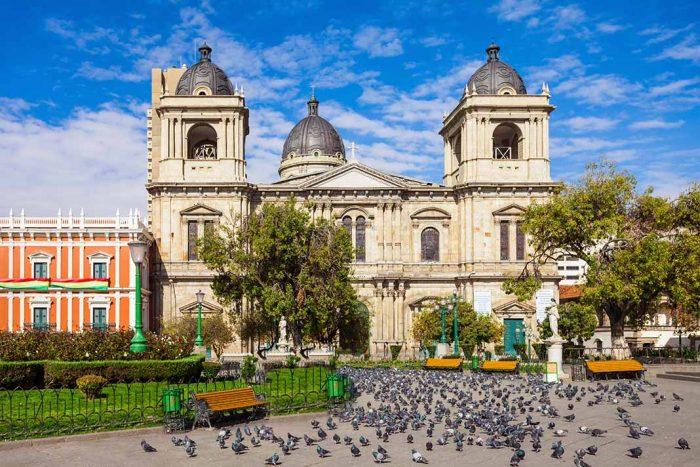 Visitar y Pasear en La Paz, la Plaza Murillo