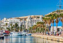 Visita la Casa Carbonell de Alicante